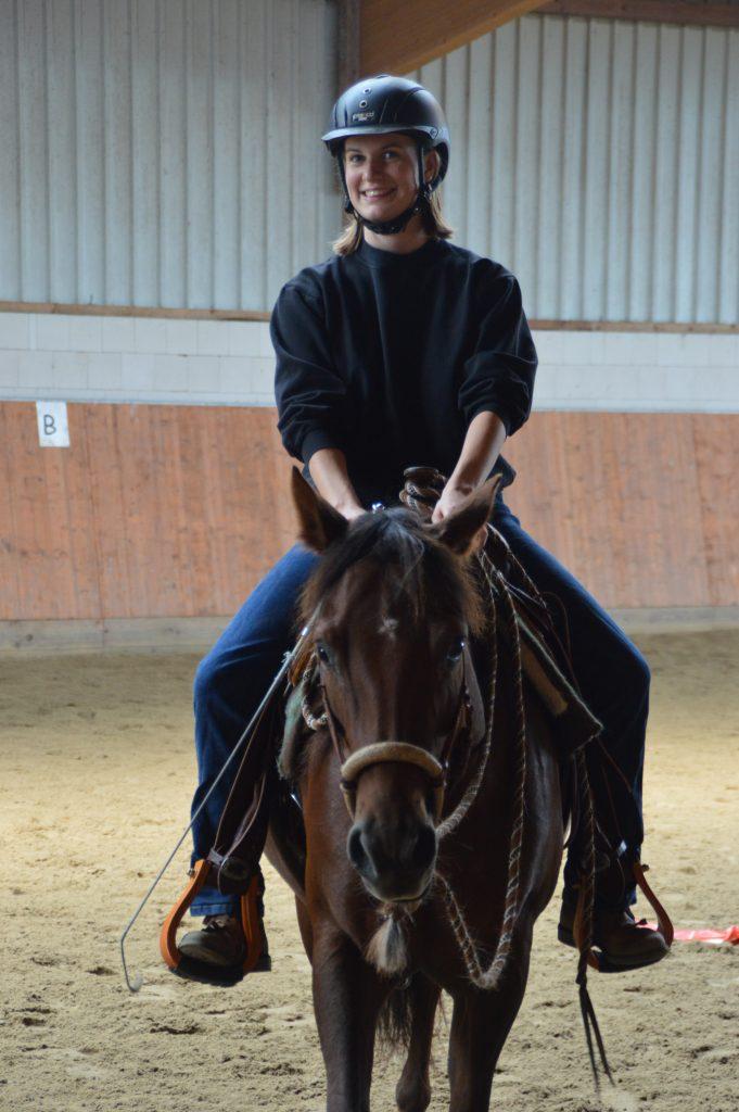 Neele Kühl Open-Minded Horsemanship | Westernreiten in Norddeutschland | Reitlehrerin | Mustang Makeover Germany Trainerin 2019
