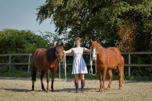 Amy, Neele und Willow - Neele Kühl Open-Minded Horsemanship - Positive Verstärkung im Pferdetraining - Norddeutschland - Foto: https://www.instagram.com/anna_cathari_1606/